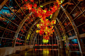 Chihuly-Garden-and-Glass